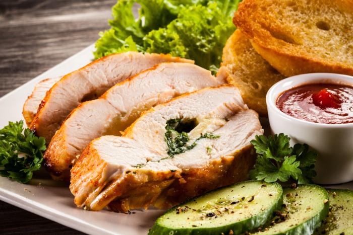 Запеченное филе с сыром и зеленью