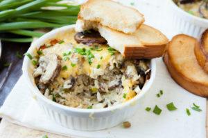 Рисовая запеканка с грибами и сыром: оригинальная закуска