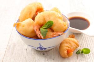 Креветки в кляре: простая и вкусная закуска