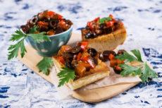 Овощная икра с оливками