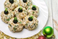 Сырные шарики с курицей и орехами: оригинальная закуска
