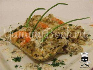 Каннеллони с грибами и креветками под пикантным соусом