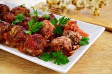 Мясные тефтели «Ностальгия» с рисом в томатном соусе