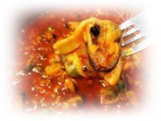 Универсальный томатный соус с морепродуктами