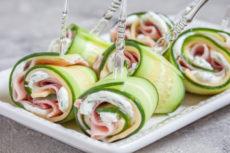 Роллы из огурца с ветчиной и сыром: простая и вкусная идея для праздника