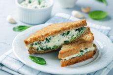 Сливочный сыр с мятой и базиликом