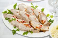 Рулеты из куриного филе с моцареллой