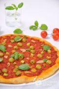 Пицца с оливками и чесноком (Постная)