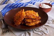Морковные деруны с сыром