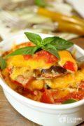 Баклажаны, запеченные под сырным соусом