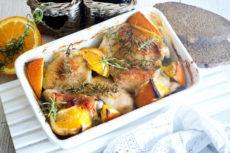 Курица с апельсином, медом и чесноком