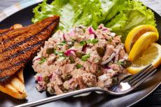 Тартар из консервированного тунца