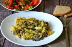 Жареные сыроежки с картошкой