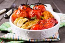 Запеченные овощи в меду и соевом соусе