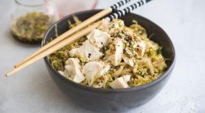 Салат из пекинской капусты с тофу и кунжутом