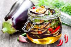 Маринованные жареные баклажаны: пикантная закуска