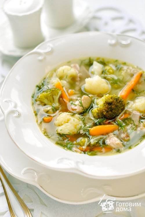 Суп из кролика с цветной капустой и брокколи