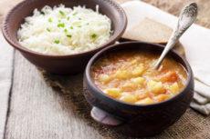 Капустняк с пшеном: готовь наваристый и сытный суп