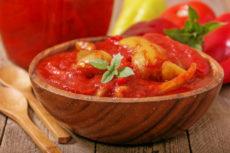 Болгарский перец в томате: простой рецепт