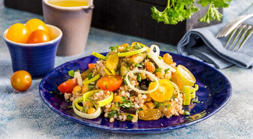 Итальянский салат с гречкой