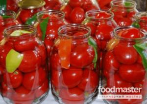Консервированные помидоры с чесноком